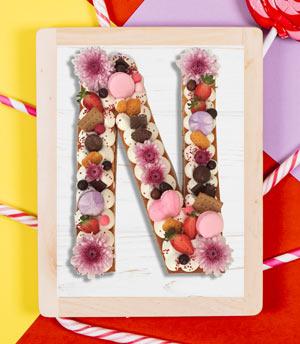 کیک حرف N