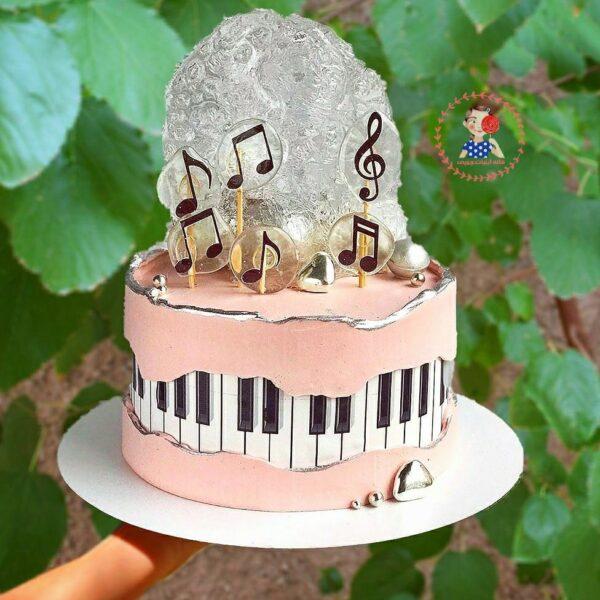 کیک موزیکال