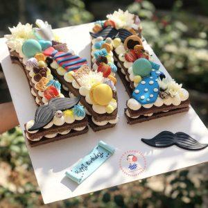 کیک حروف تم سیبیل و کروات