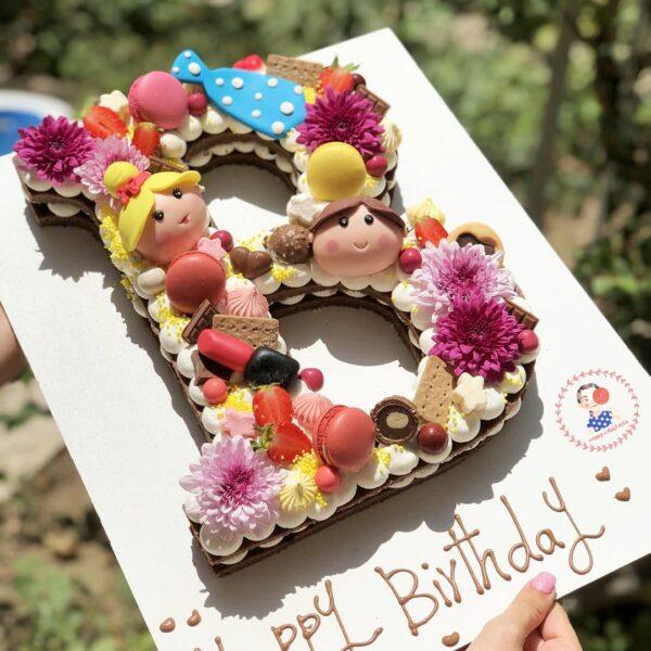 کیک تم آرایشی