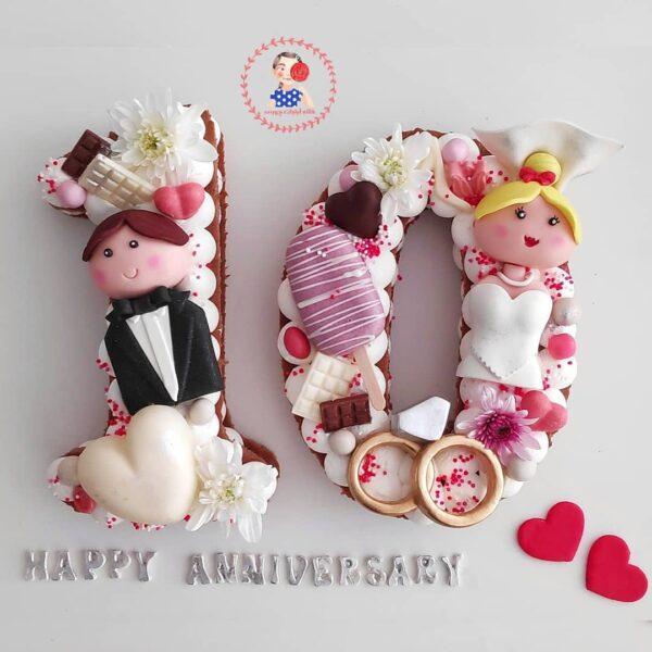 کیک عدد عروس و داماد