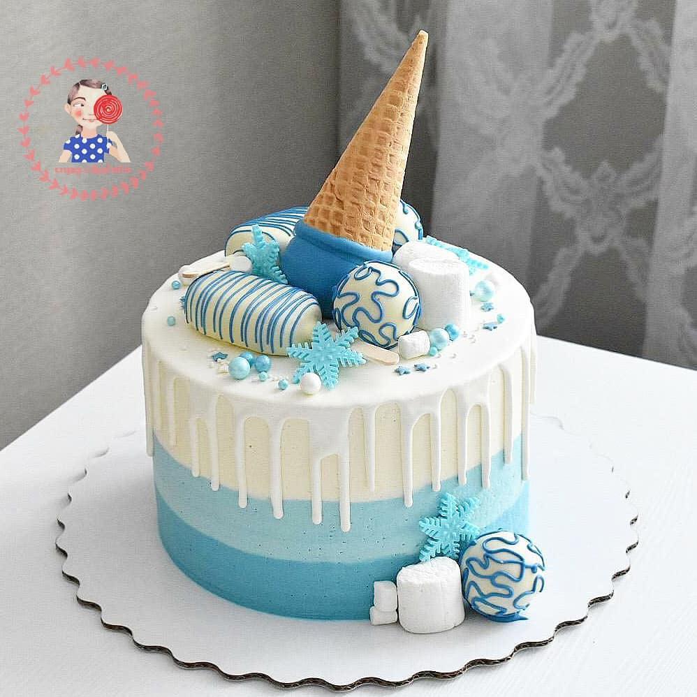 کیک-خامه-ای-با-بستنی-چوبی