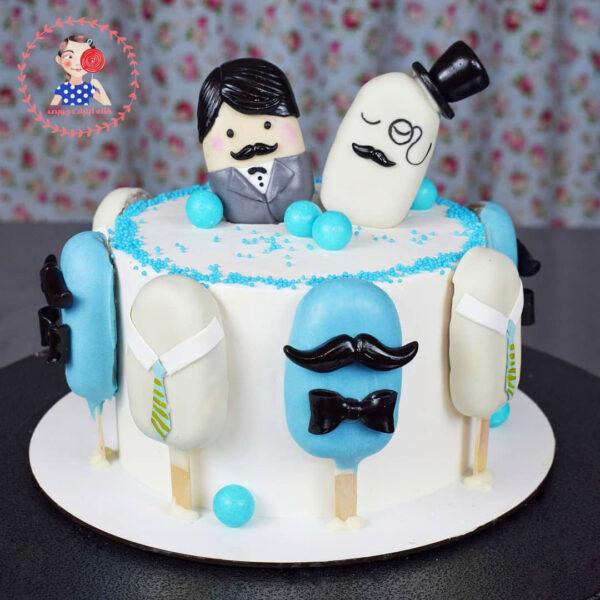 کیک-خامه-ای-پاپس-کیکی