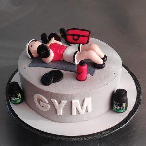 کیک خامه ای با دیزاین پسر ورزشکار