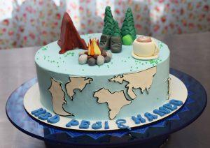 کیک خامه ای طبیعت گردی