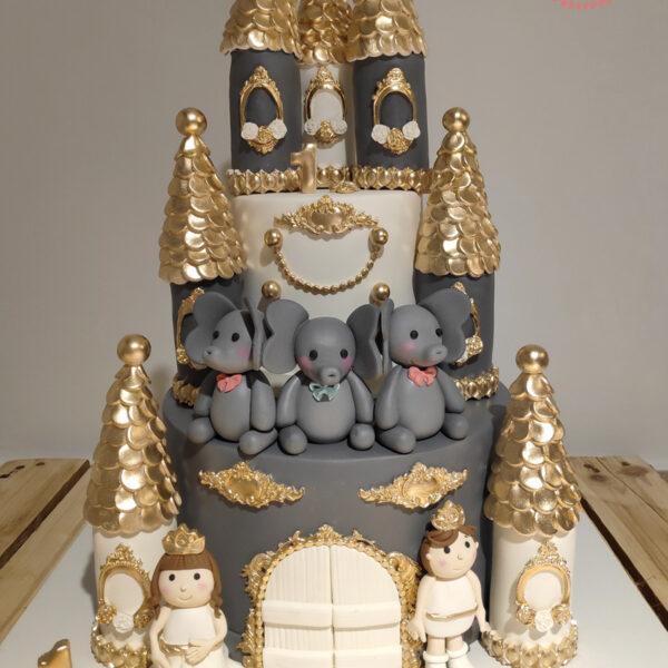 کیک زیبای قلعه اجرا شده توسط نگار رزاقی