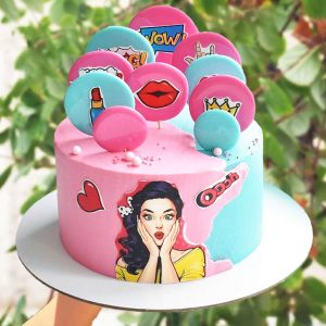 کیک خامه ای دخترانه اسپورت