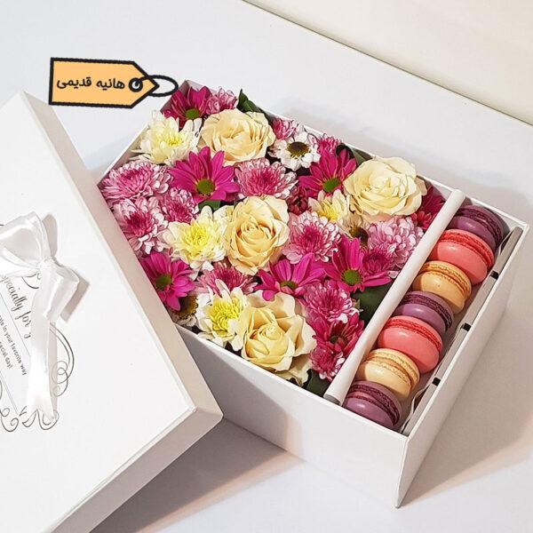 باکس گل و ماکارون اجرا شده توسط خانم هنا