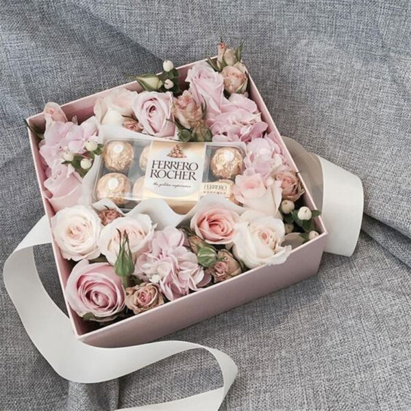 گل و شکلات